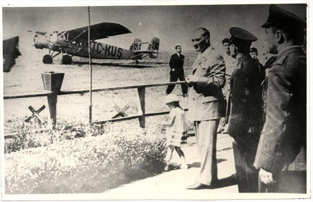 Genelkurmay arşivindeki Atatürk'ün çocuk sevgisi fotoğrafları 11
