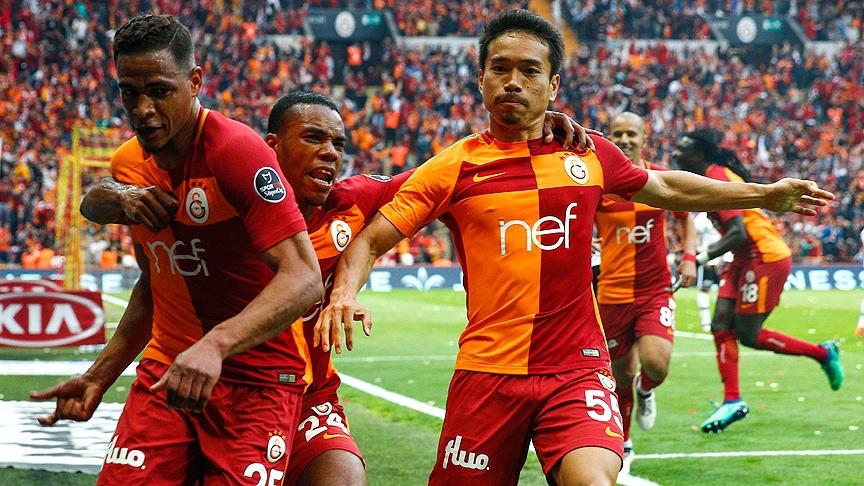 Galatasaray'dan Beşiktaş derbisinin önemli anlarından fotoğraflar 10