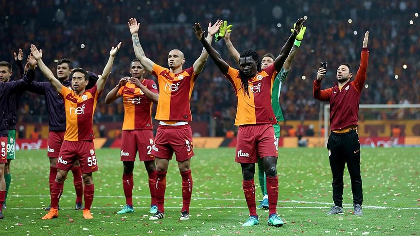 Galatasaray'dan Beşiktaş derbisinin önemli anlarından fotoğraflar 12