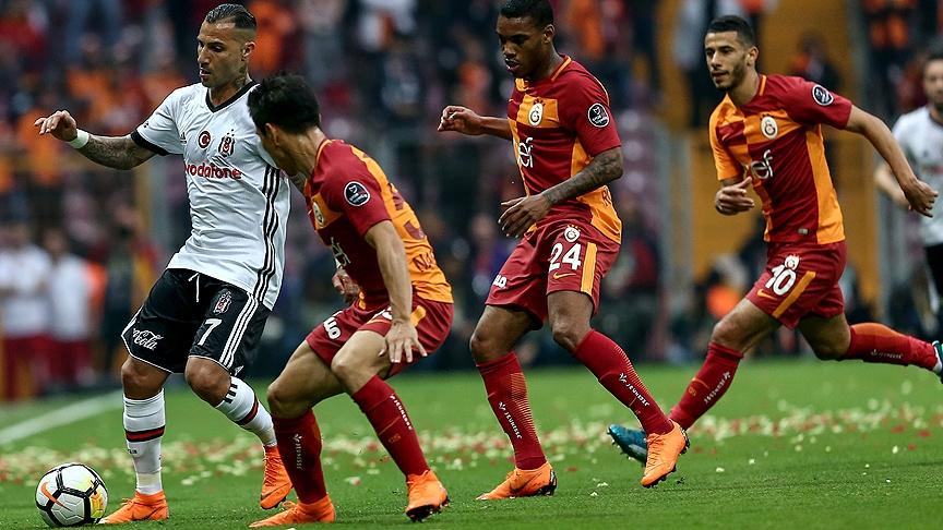 Galatasaray'dan Beşiktaş derbisinin önemli anlarından fotoğraflar 2