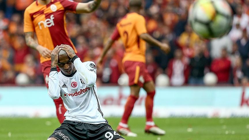 Galatasaray'dan Beşiktaş derbisinin önemli anlarından fotoğraflar 5