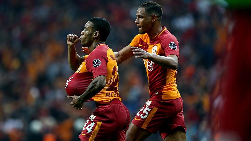 Galatasaray'dan Beşiktaş derbisinin önemli anlarından fotoğraflar 8