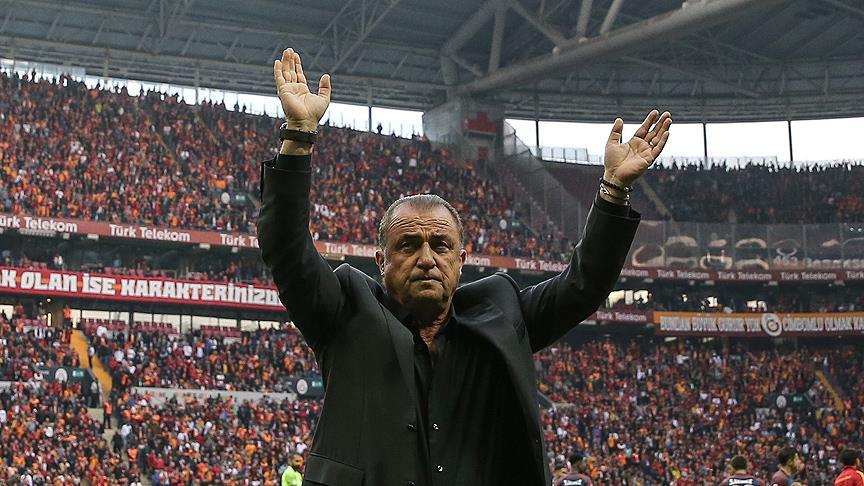 Galatasaray Teknik Direktörü Terim: Taraftarımıza güzel bir hediye verdiğimiz için mutluyuz