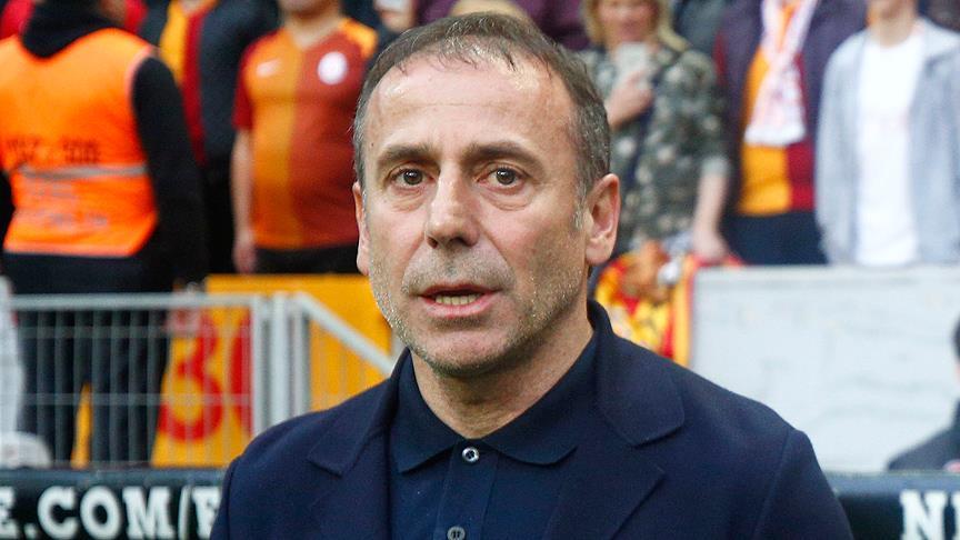 Medipol Başakşehir Teknik Direktörü Avcı: Maç kaybettik ama şampiyonluğu kaybetmedik