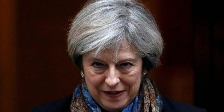 Theresa May: Suriye saldırısı ulusal çıkarımız içindi