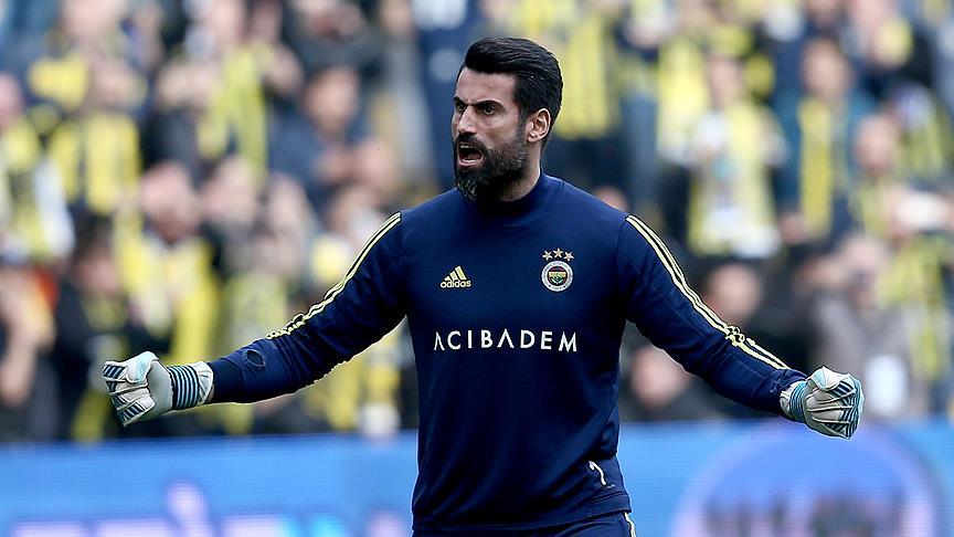 Volkan Demirel Fenerbahçe'de 500. maçına hazırlanıyor