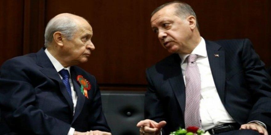 Kulisler çalkalanıyor! Bahçeli'nin açıklamaları Erdoğan'ı üzdü mü?
