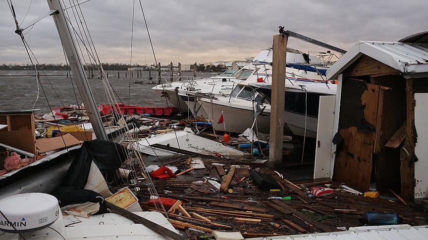ABD'de can alan Michael kasırgası tropik fırtınaya dönüştü