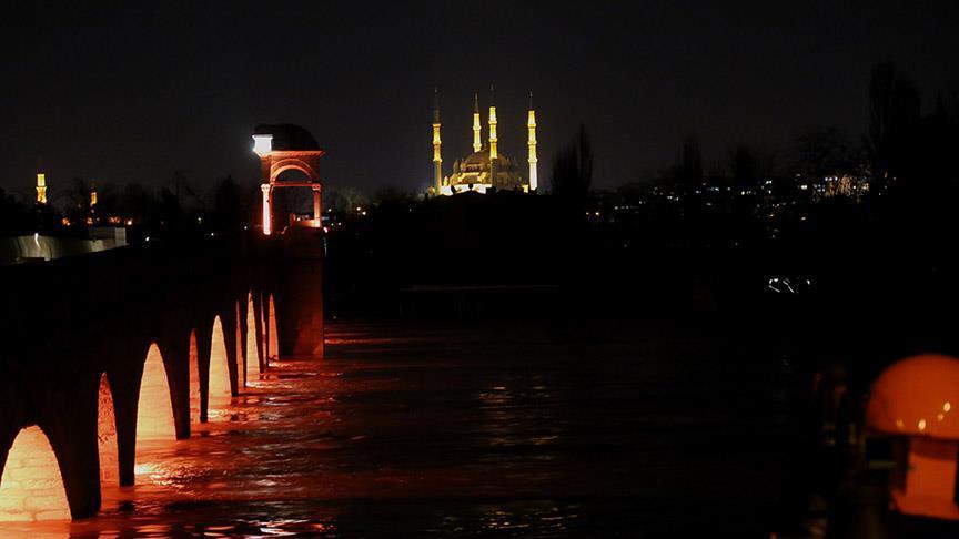 Tunca ve Meriç köprüsü hala kırmızı seviyede