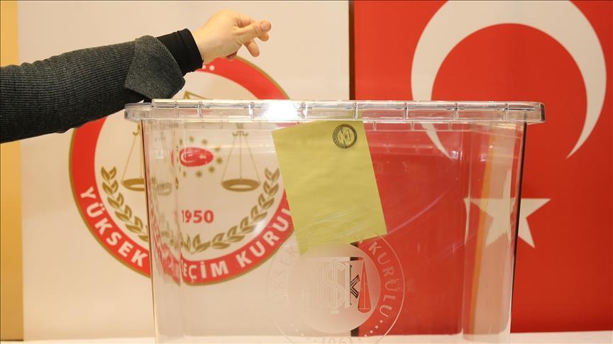 24 Haziran seçimlerinde, adaylara 866 'ölü'den bağış