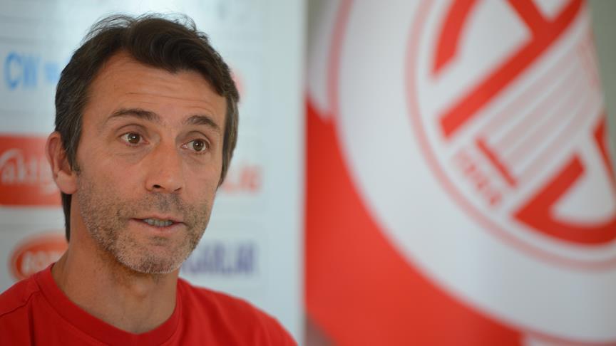 Antalyaspor Teknik Direktörü Korkmaz: Üst sıralara oynamak gibi bir hedefimiz yok