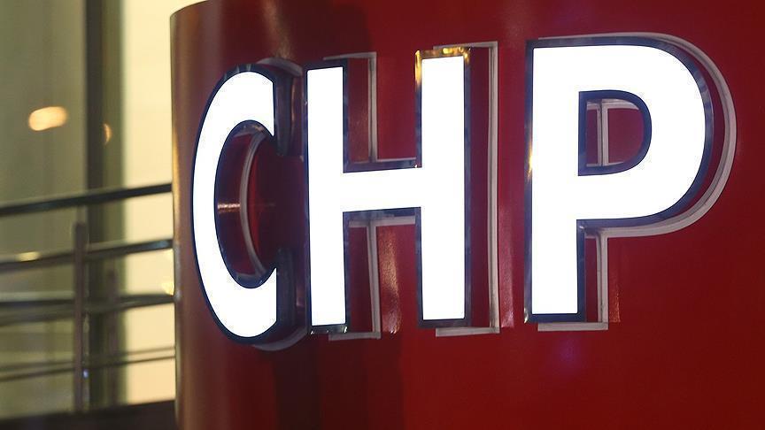 CHP, iki milletvekilini disipline sevk etti