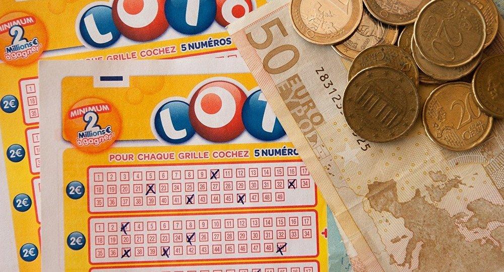 Büyük ikramiyeyi 14 kez tutturan matematikçinin 'loto kazanma formülü'
