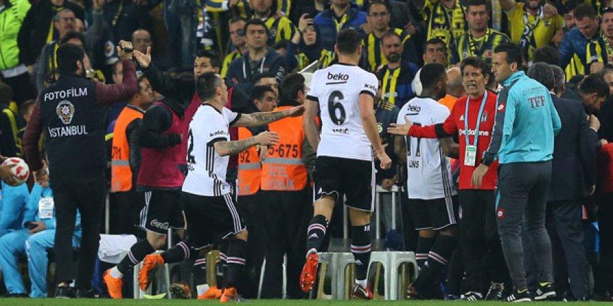 Fenerbahçe'den flaş açıklama: tribünleri tahrik ettiler!