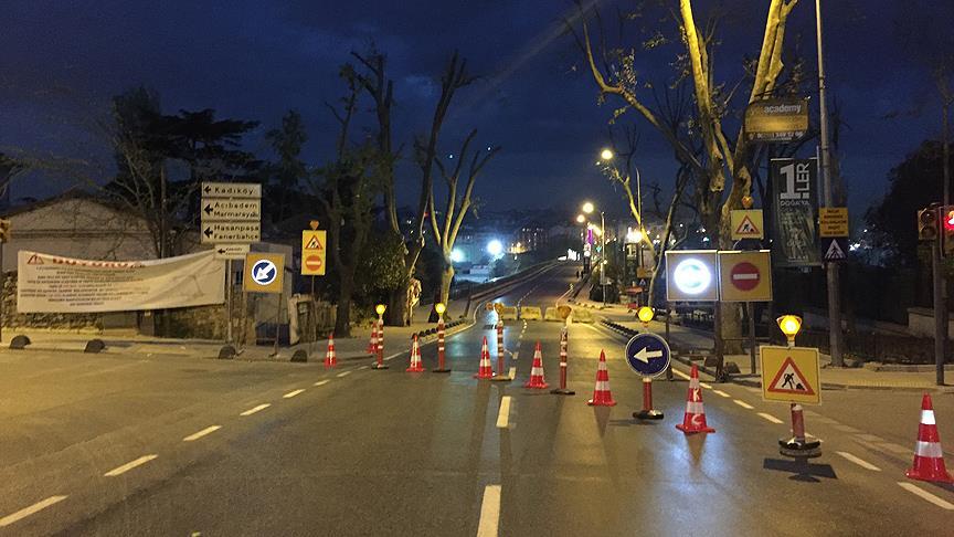 Kadıköy Tıbbiye Caddesi'ndeki karayolu köprüsü trafiğe bir yıl kapalı