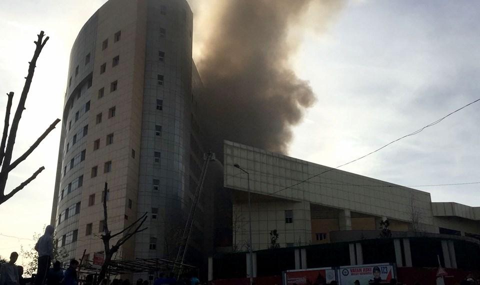 İstanbul'daki hastane yangını atık kumbarasında başlamış