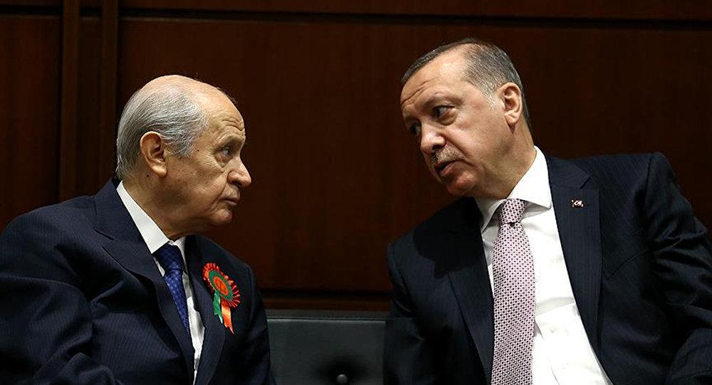 """""""AK Parti, aday çıkarmayarak 8 ilde MHP'ye jest yapabilir"""""""
