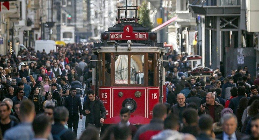 Konsensus'un anketine göre İstanbul'da partilerin oy oranlarında son durum
