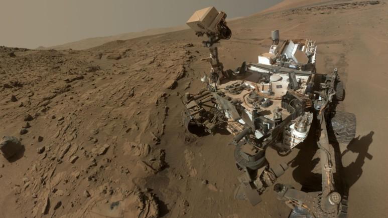 NASA Mars'taki kum tepelerini görüntüledi!