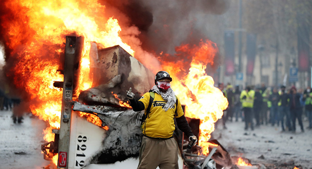 Polis sendikasından Sarı Yelekler'e destek