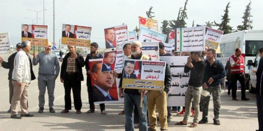 Suriyeliler törenle evlerine uğurlanıyor!