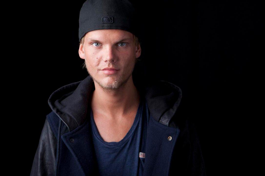 DJ Avicii genç yaşta hayatını kaybetti