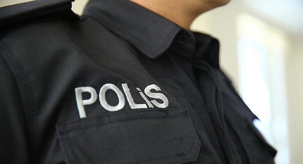 Polisler vatandaştan 800 TL rüşvet istedi