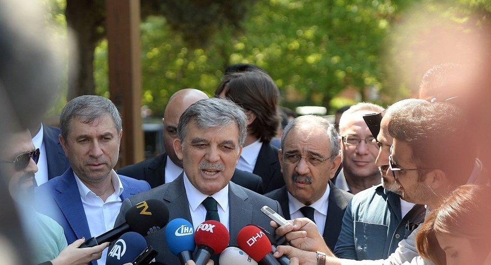 """""""Önce Saadet Partisi'nin ismi değişecek, sonra Gül lider olacak"""""""