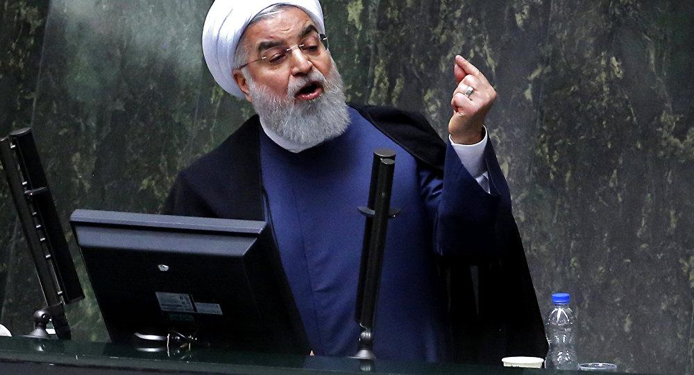 Ruhani: İnternete engel koyarak yanlış yaptık
