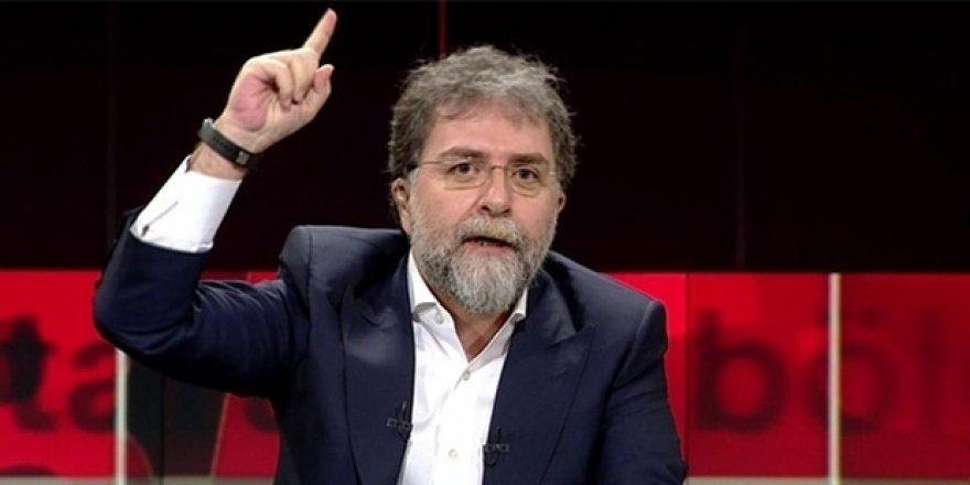 Ahmet Hakan bombaladı: Adil Gür'ün anketçiliği bırakması lazımdı!