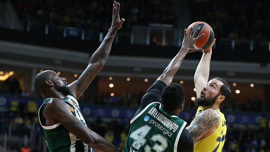 Play-off'u en erken garantileyen takım Fenerbahçe