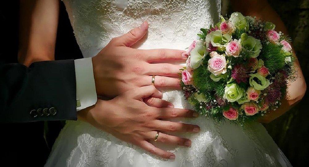 ABD'de evlilik yaşı yükseliyor, evlenme oranı düşüyor