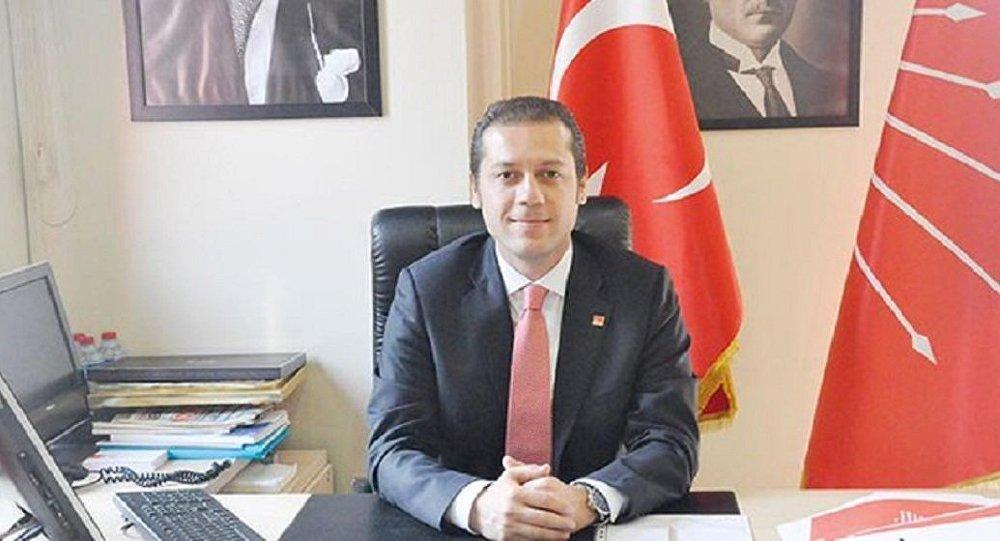 CHP'deki istifa furyası Beşiktaş ve Sarıyer'le devam etti