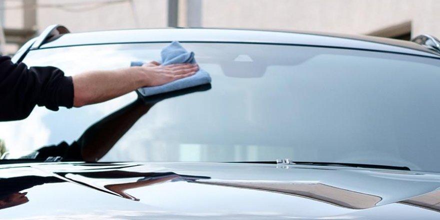 Zorla araç camı silinmek istenmesine hapis