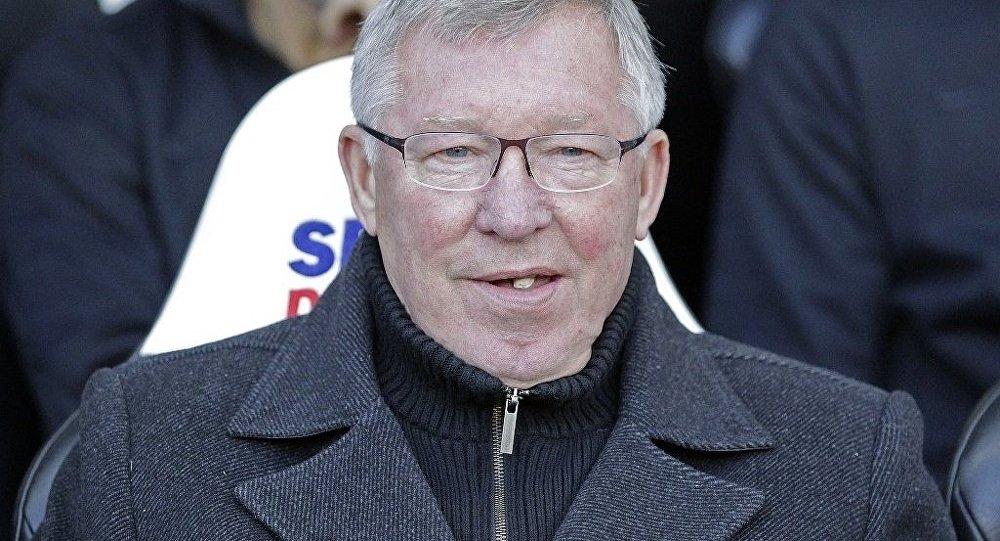 Teknik direktör Ferguson'un çiğnediği sakız 2 milyon 834 bin TL'ye satıldı