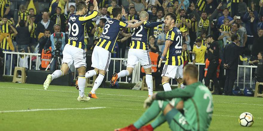 Fenerbahçe evinde farklı yendi
