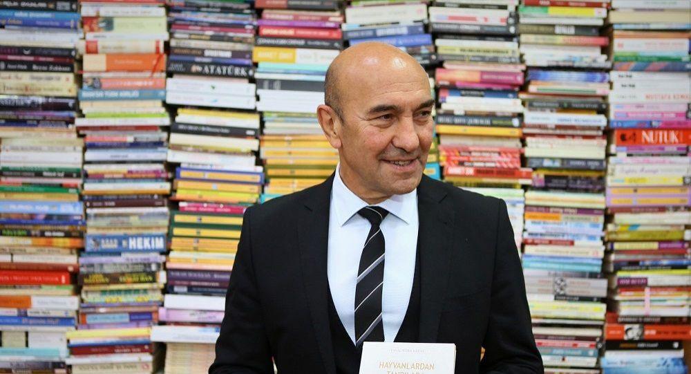 'Çiçek değil kitap gönderin' diyen İzmir Belediye Başkanı Soyer'in çağrısı kampanyaya dönüştü