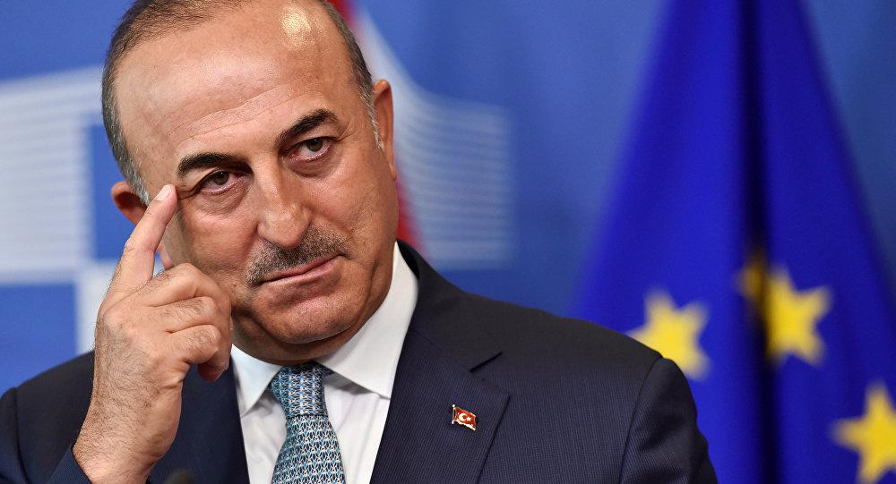 Çavuşoğlu, AB-Türkiye ilişkilerini Politico'ya değerledirdi