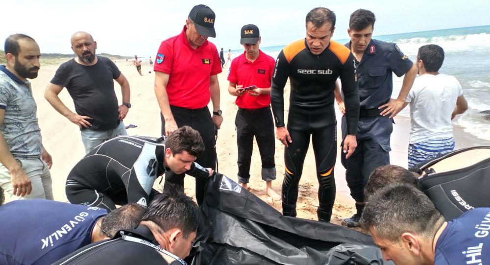 Şile'de denize giren üç kişiden ikisinin cesedine ulaşıldı