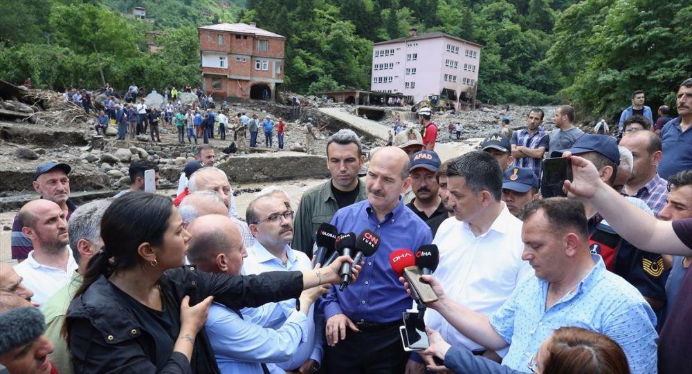 İçişleri Bakanı Soylu: Araklı'da hayatını kaybedenlerin sayısı 4'e yükseldi