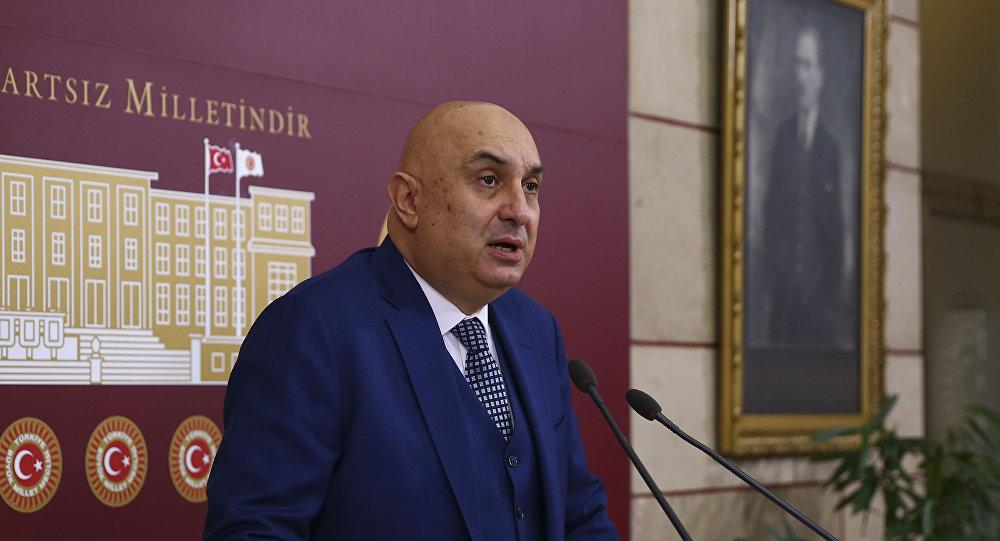 CHP'li Özkoç'tan AK Parti Sözcüsü Çelik'e 'sabotaj' yanıtı: Bir de FETÖ'cü oldum