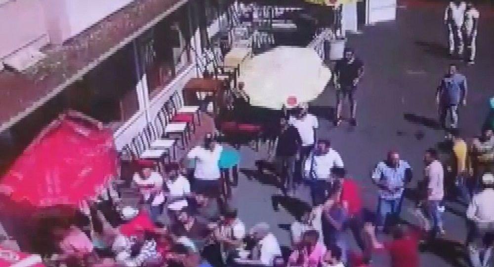 Büyükada'da faytoncularla akülü araç sahipleri arasında kavga: 19 yaralı