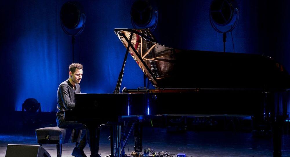 'En hızlı piyanist' İstanbul'da konser verdi