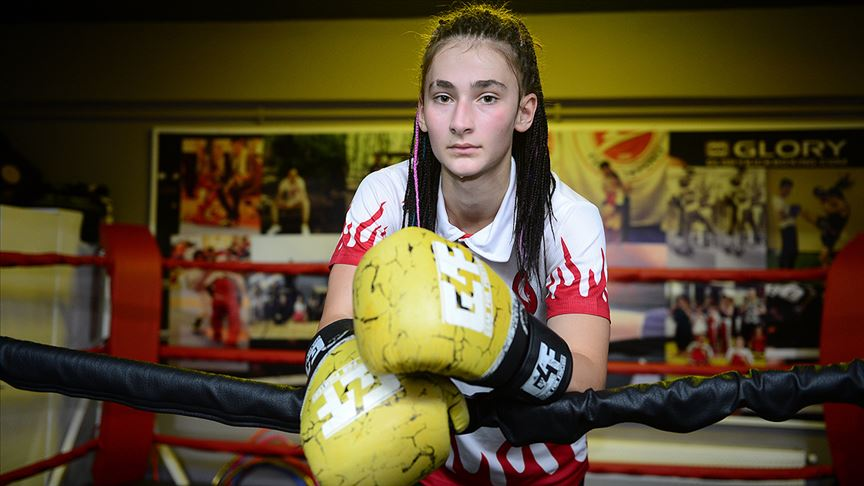 Kick boks hem öz güven hem şampiyonluk kazandırdı