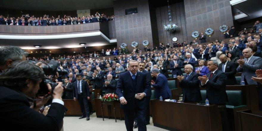 AK Parti'de kazan kaynıyor! Yeni dönemde hangi isimler veda edecek?
