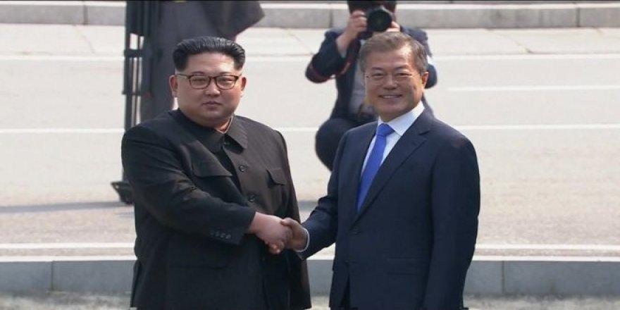 Yıllar sonra ilk adım Kim'den geldi! Kuzey Kore ve Güney Kore liderleri buluştu!