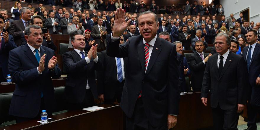 AK Parti'de hangi isimler Meclis'e veda edecek?
