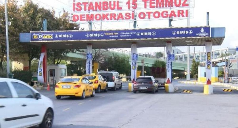 Esenler Otogarı'nda taksicilerin tartışma yaratan 'park ücreti' talebi