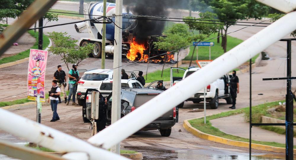 El Chapo'nun oğlunu gözaltına alan polis 150 kurşunla öldürüldü
