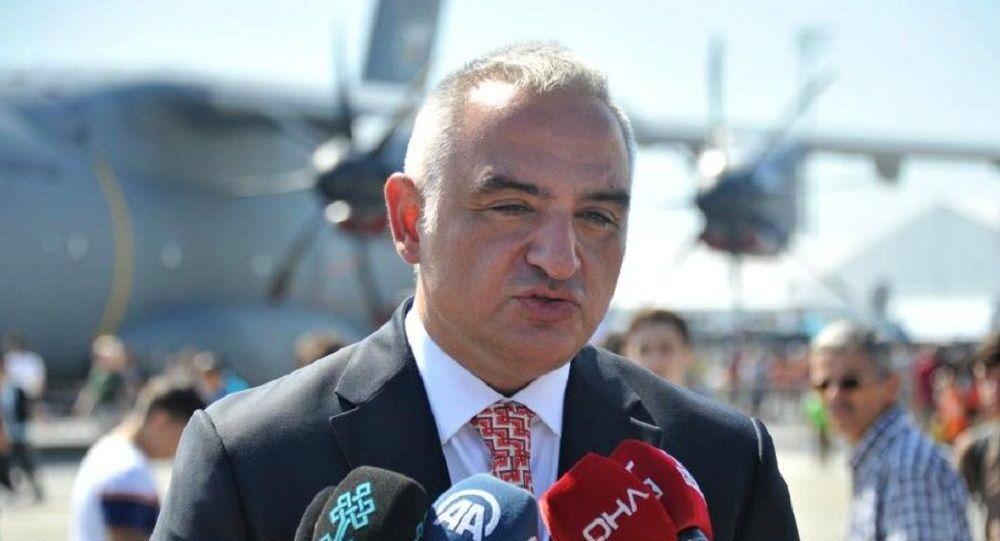 Bakan Ersoy'dan turist hedefi açıklaması
